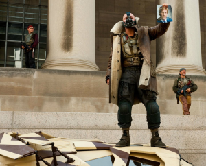 bane-the-revolutionary-holds-up-harvey-dent-picture