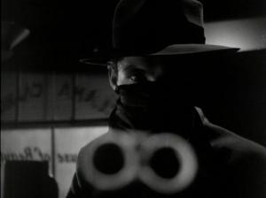 Violencia frontal en Railroaded (1947)