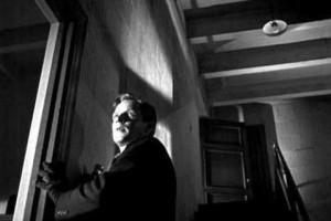 Richard Basehart en Orden: caza sin cuartel (1948)